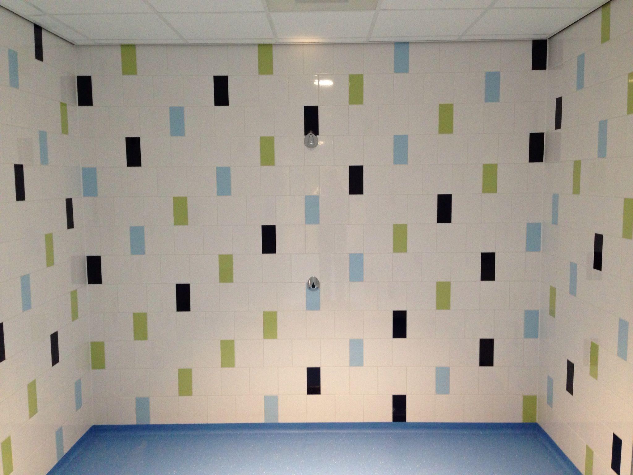 Public Showers Tiles Primus Vitoria Projet Maison Maison