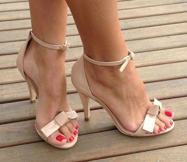 Nude ankle strap high heeled sandals. Tacchi Close-Up #Shoes ...