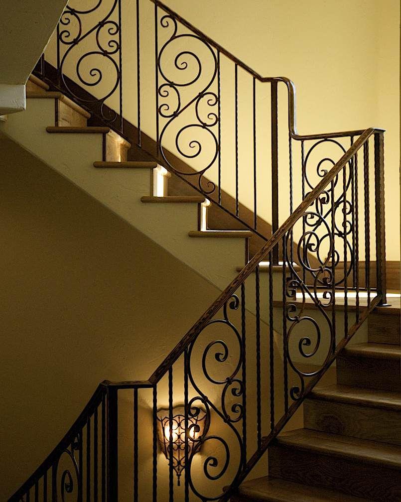 Stair railing detail barandas pasamanos de hierro - Baranda de escalera ...
