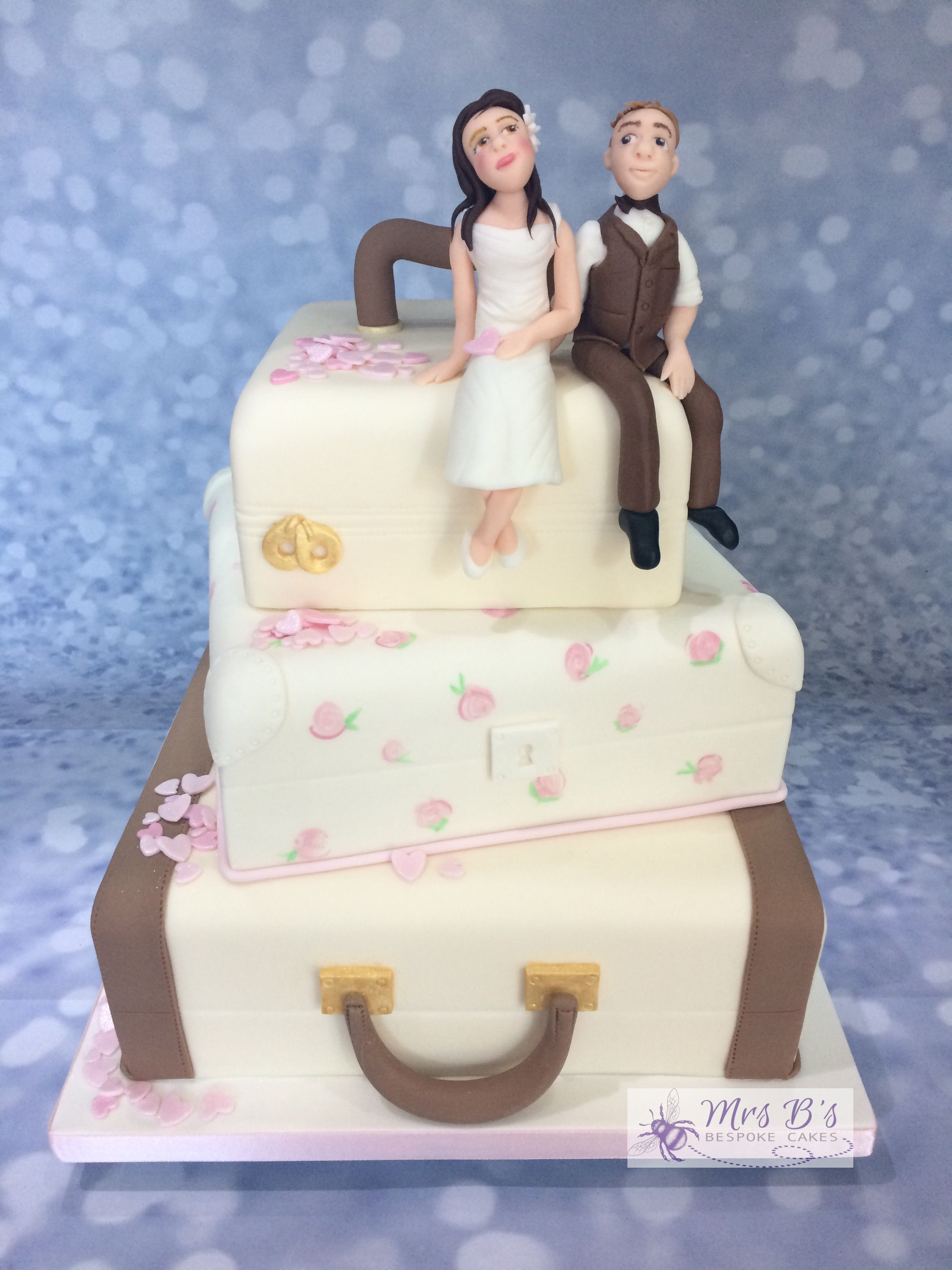 Vintage Wedding Luggage Cake entirely edible, entirely handcrafted ...