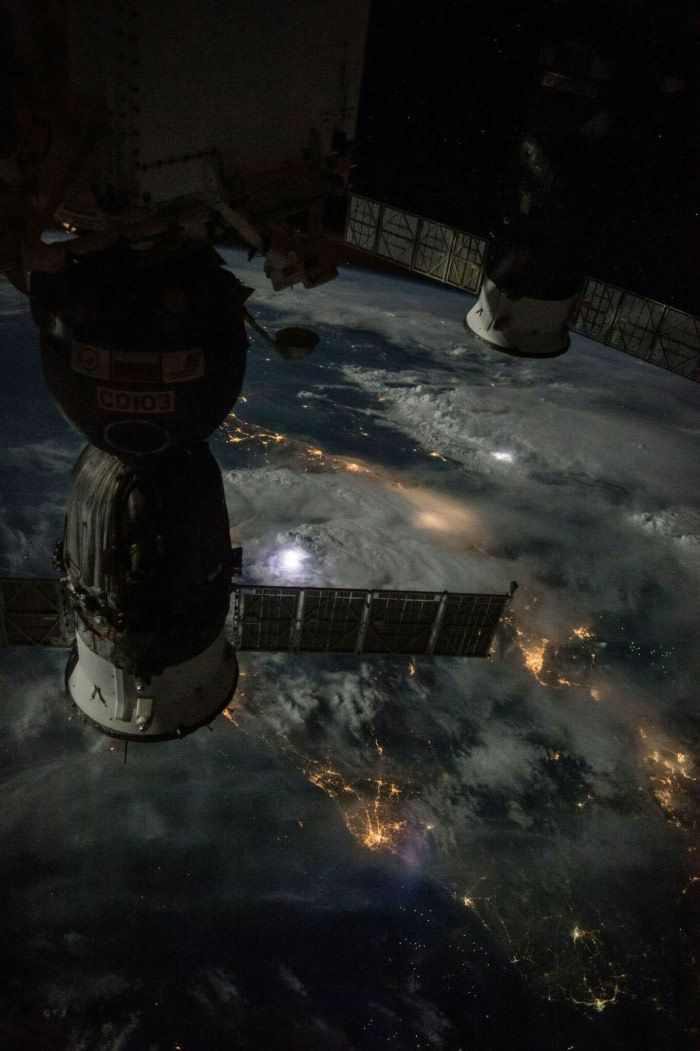 Amazing photo taken by ISS flying approximately 400km over thunderstorms.