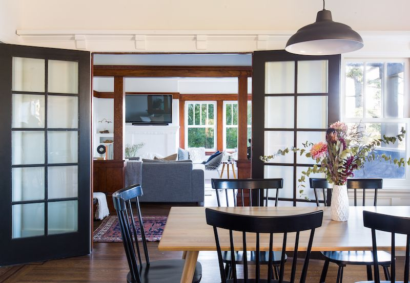 This Craftsman Makeover Will Make Your Jaw Drop #craftsmanstylehomes