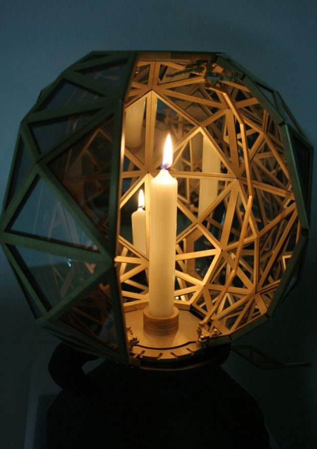 Light a Moment by Kiki van Eijk and Joost van Bleiswijk
