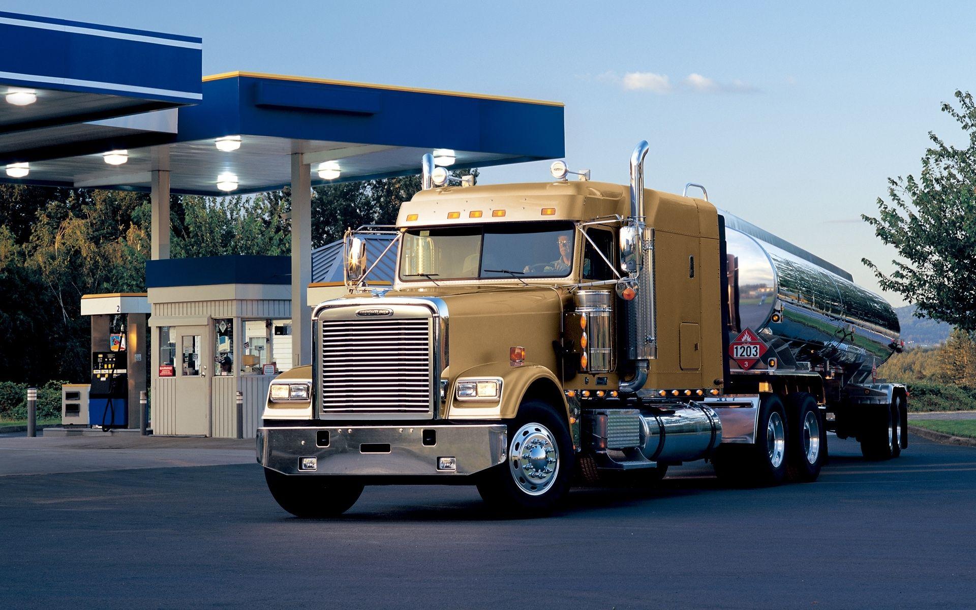 Trucking Freightliner Trucks Pinterest