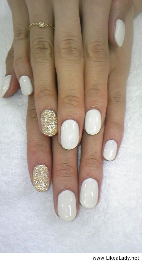 White with gold nails definitely my style - Jazz | nail art ...