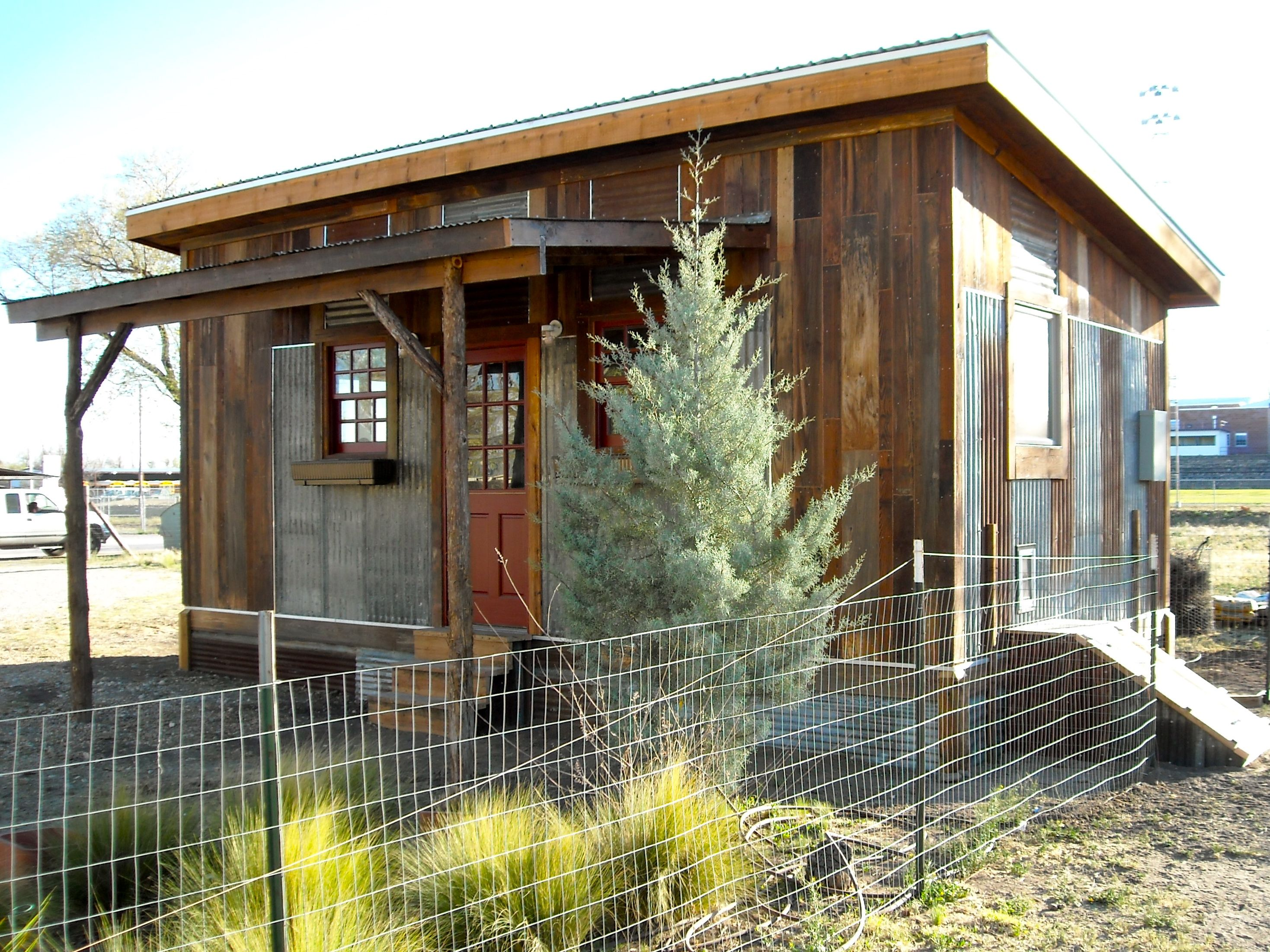 ReclaimedSpace.com Modular Living/work Spaces Modern