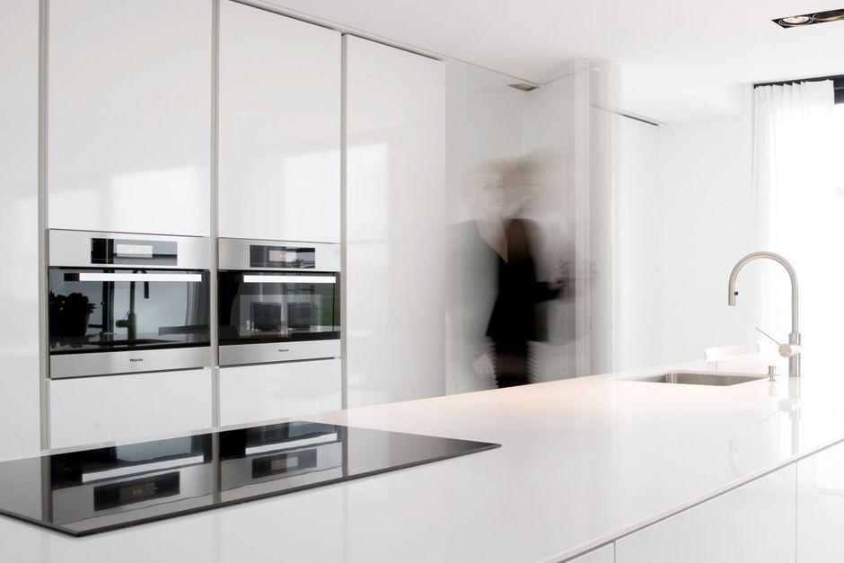 Opbergen Tips Keuken : Opbergen voor de keuken kan ook in de achterliggende berging