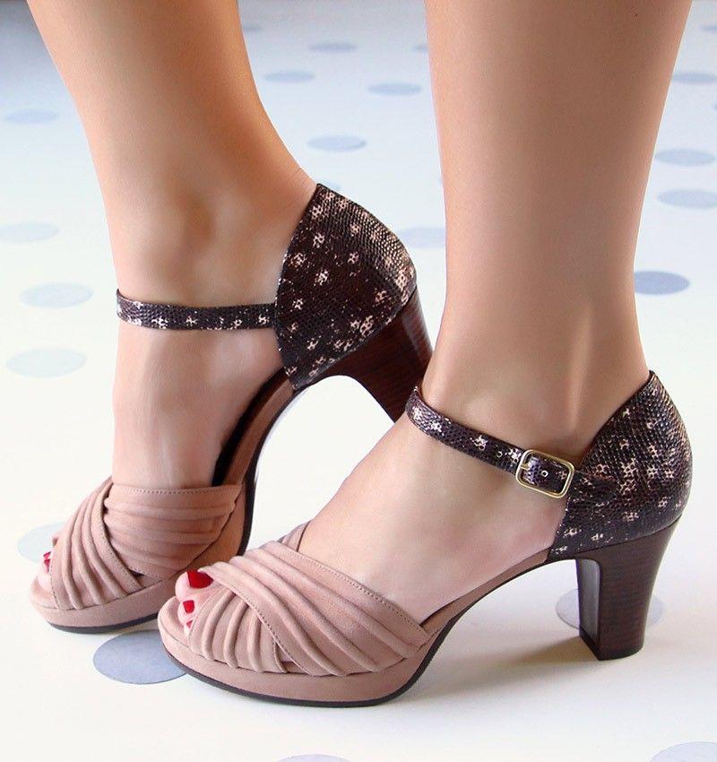 ad6727afb UNACHICA :: SHOES :: CHIE MIHARA SHOP ONLINE Retro Shoes, Vintage Shoes,