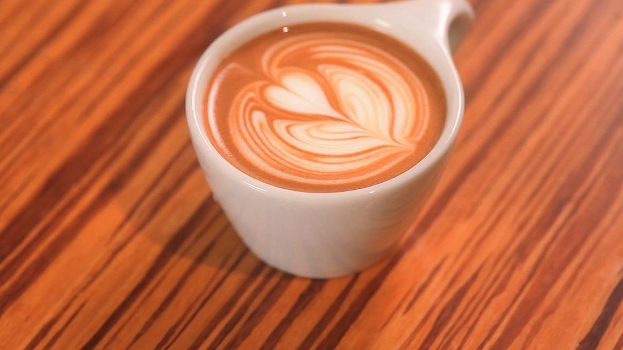 How to Do a Latte Art Backsplash - Howcast.com