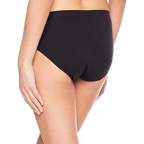 3a9470ac1 Layla s Celebrity Women s Seamless Hi-Cut Panties Nylon Spandex Underwear