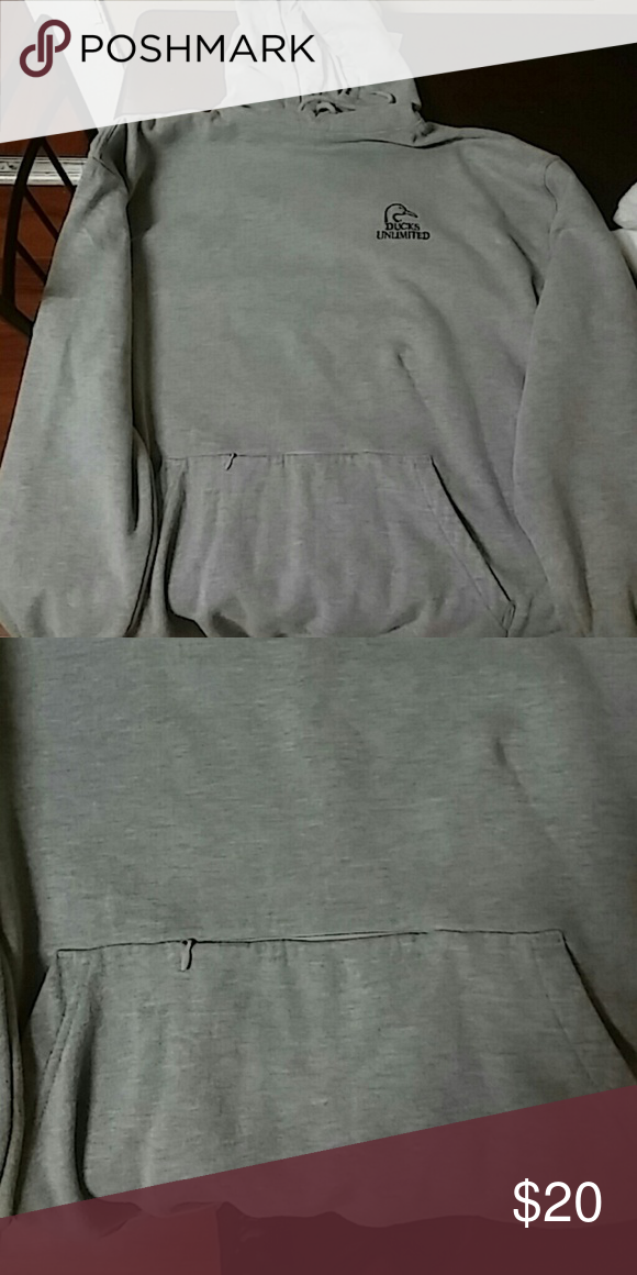 Ducks unlimited hooded sweatshirt Good condition xl.small zippered pouch in front.very warm sweatshirt.no stains rips or damage. Shirts Sweatshirts & Hoodies