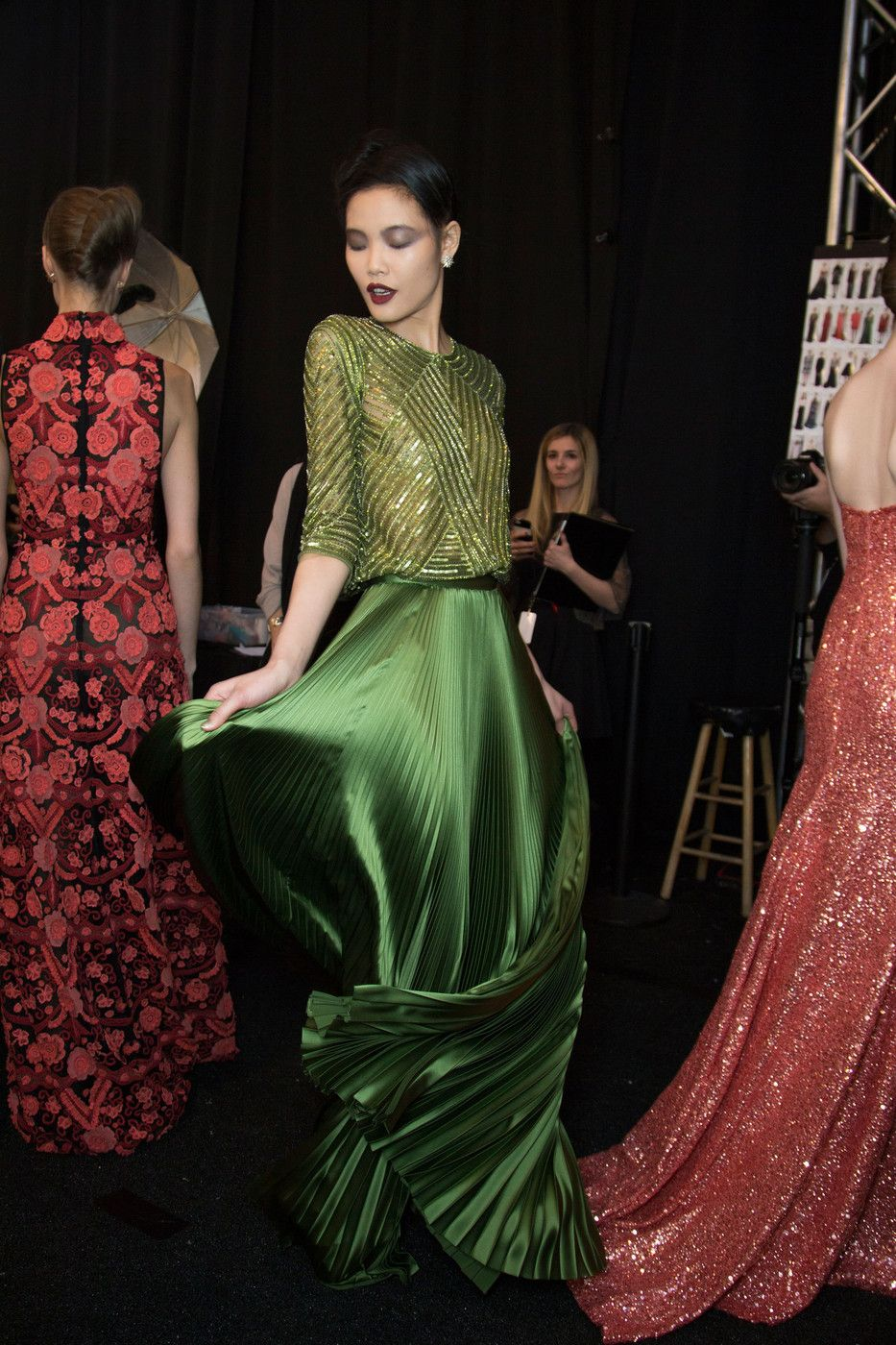 couture-constellation: Naeem Khan Fall 2015 | Backstage
