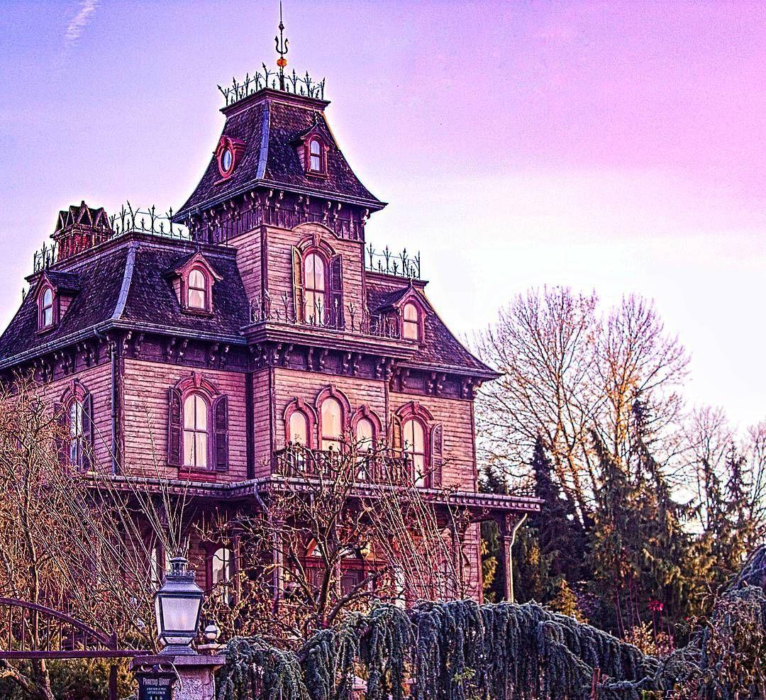 Phantom Manor Haunted House Sunset In Frontierland