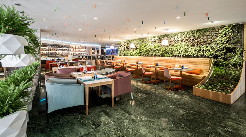 EstudiHac's Cheese Bar For Hotel Melia Functions A Vertical Garden on mac bar, audio bar, basic bar,