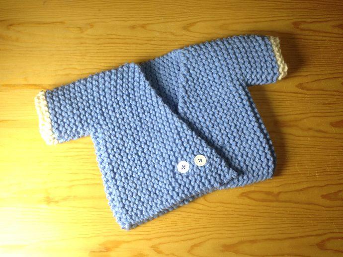 Tutorial para tejer un jersey kimono para bebé en telar | palillos ...