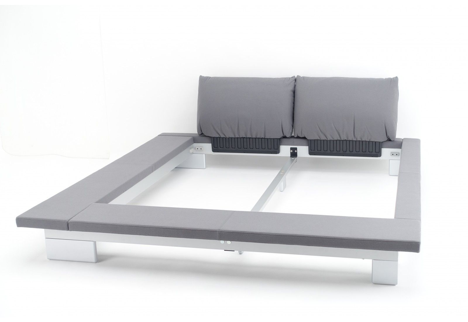 Peter Maly Bed By Ligne Roset Google Search Furniture In 2019 - Maly-platform-bed-by-ligne-roset