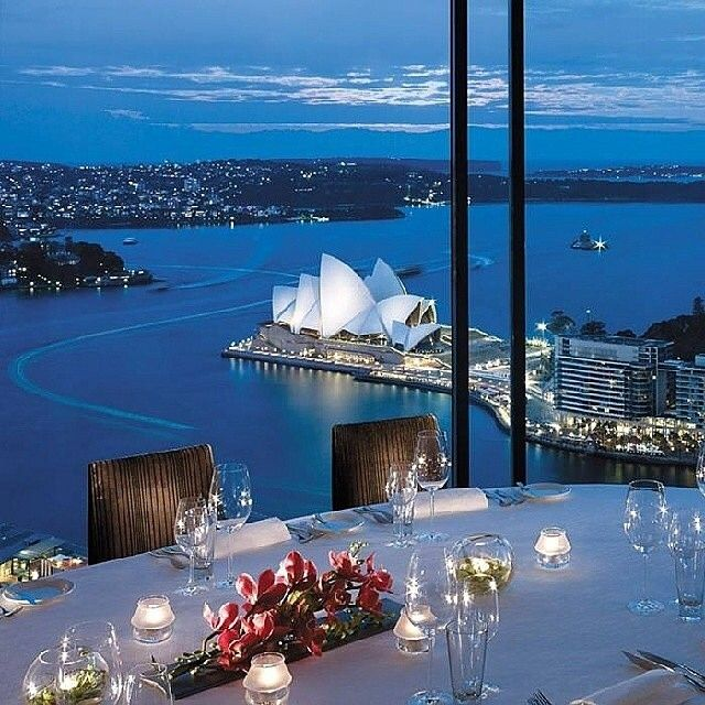 Shangri-La Hotel, Sydney, AUSTRALIA.