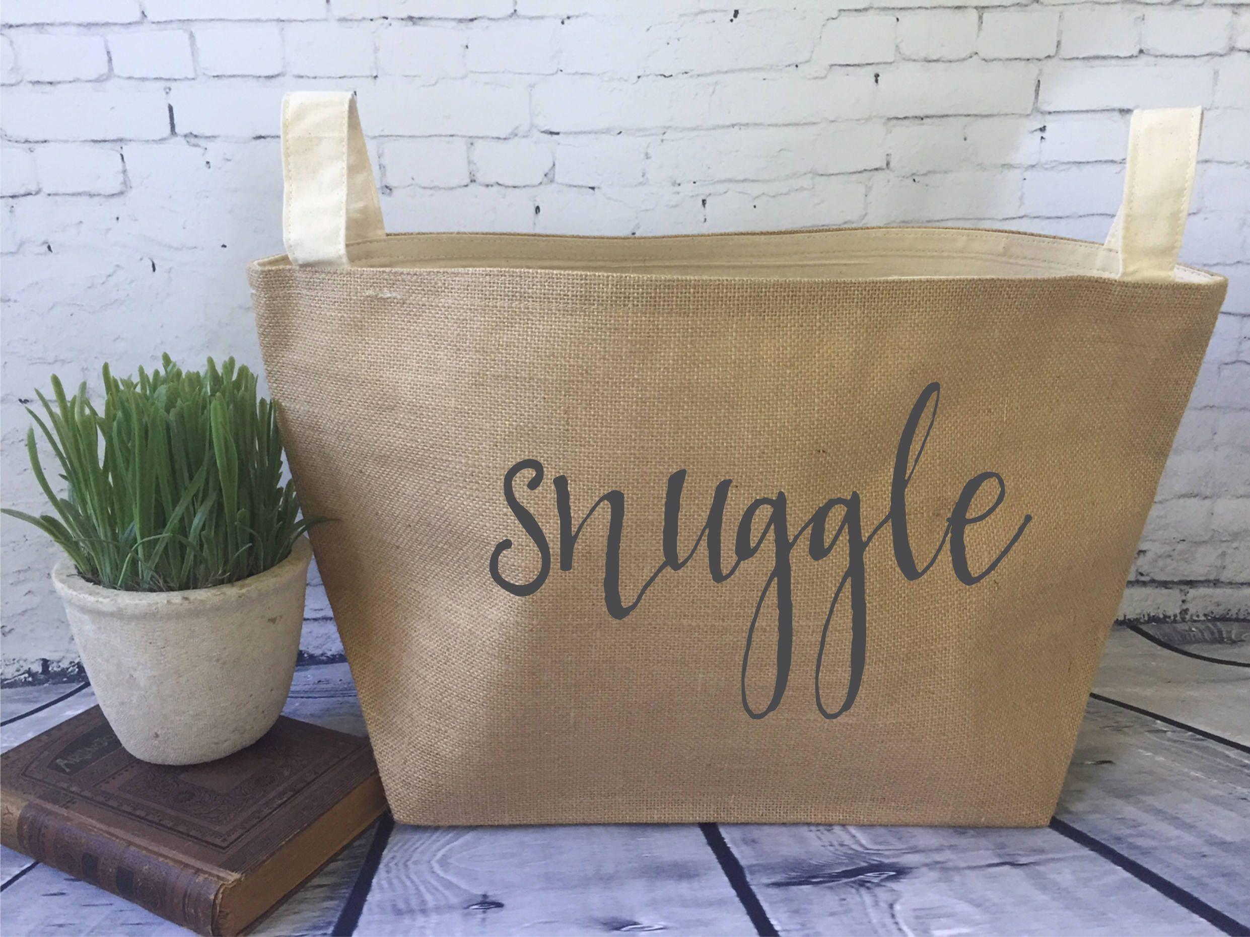 Snuggle Burlap Bin/ Burlap Storage Basket/ Throw Blanket Storage/ Blanket  Basket By MinnieandMaude