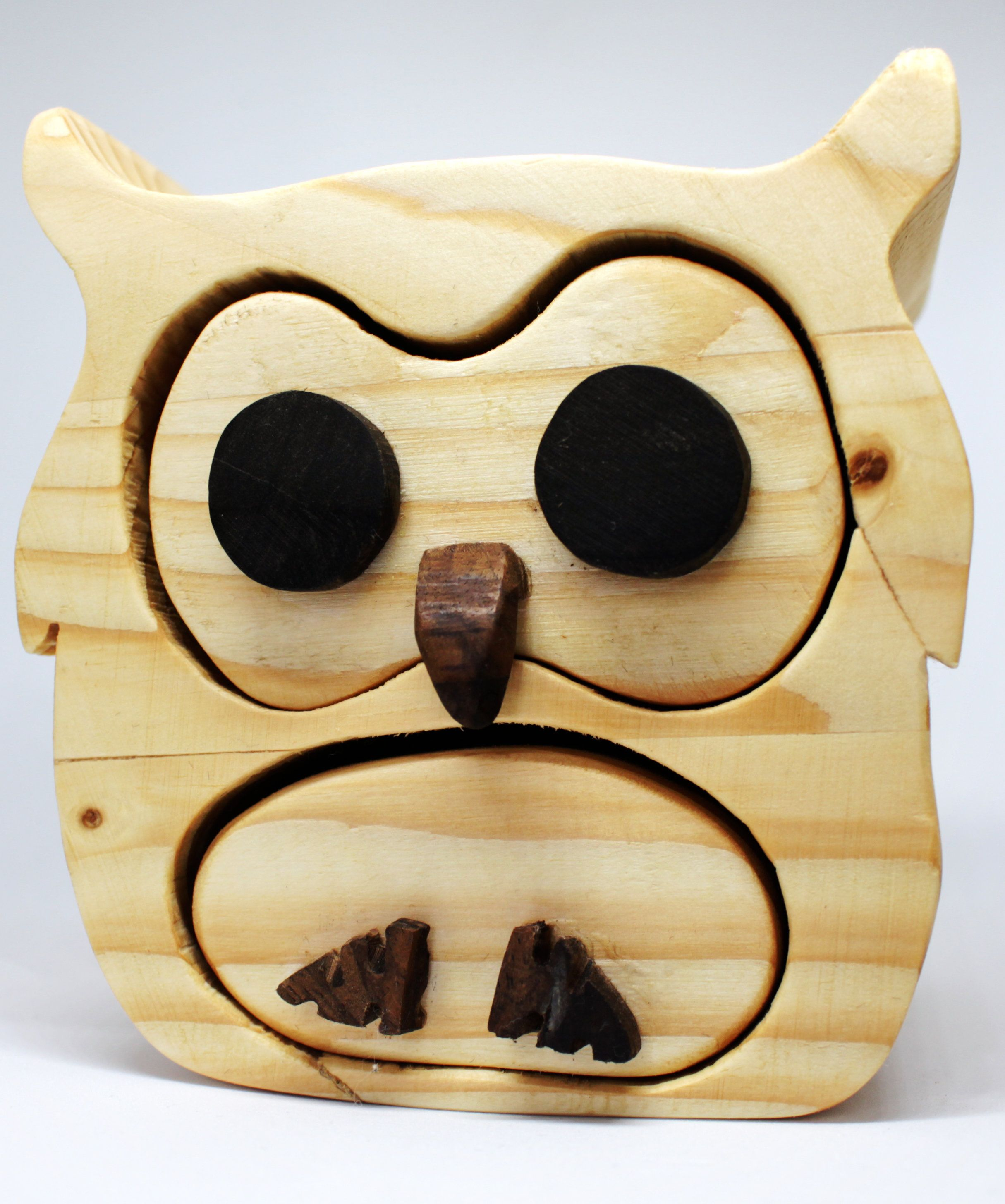 Unique gift for bird lovers Trinket Box Pine Bandsaw Box Wooden Jewellery Box Owl Hand made  Keepsake Birthday or anniversary present.