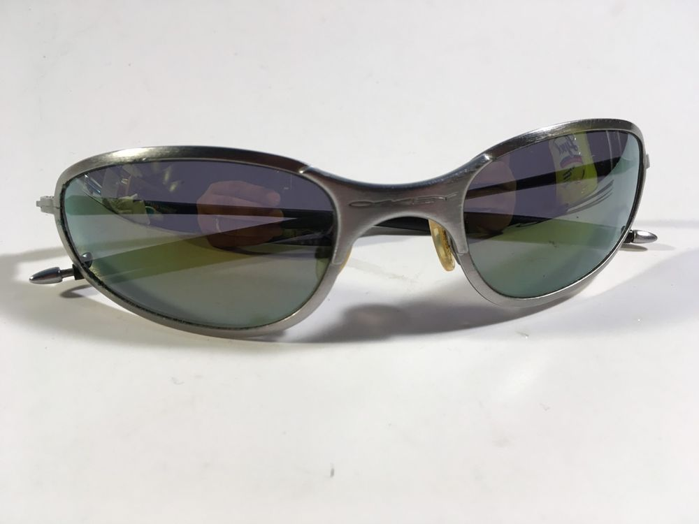 793e825a3e8 VTG 90 s Oakley A Wire Silver Metal Frame Black Polarized SUNGLASSES  Iridium  Oakley  Oval