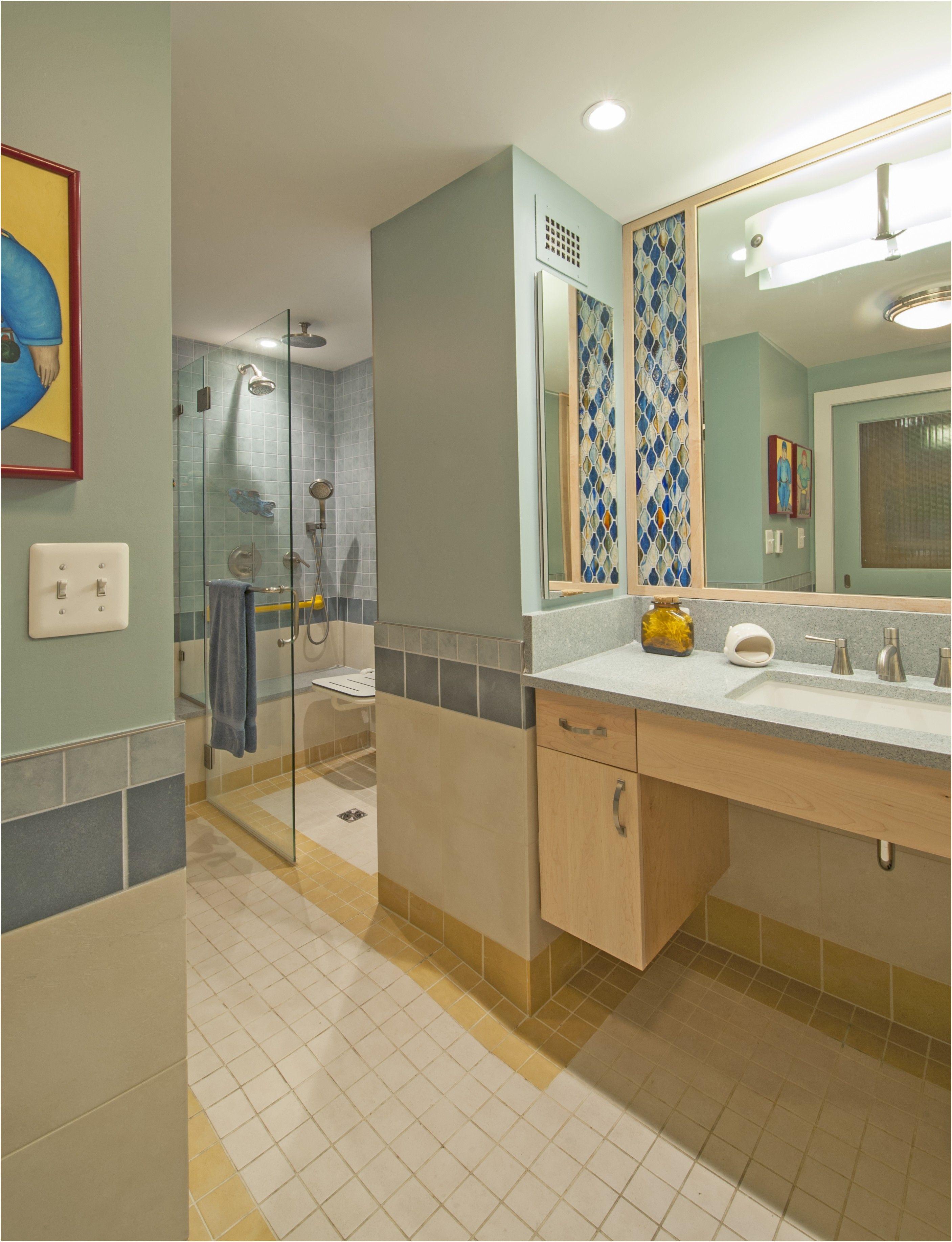 Beautiful Universal Design Bathrooms Dengan Gambar