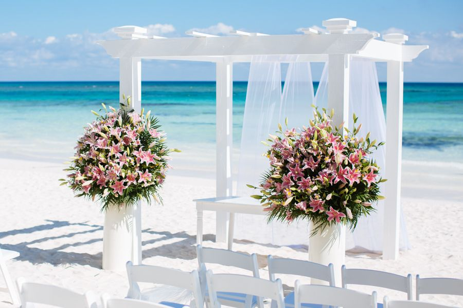 I Think These Are The Pink Lilies In Mayan Pearl Weddings At Grand Palladium Riviera