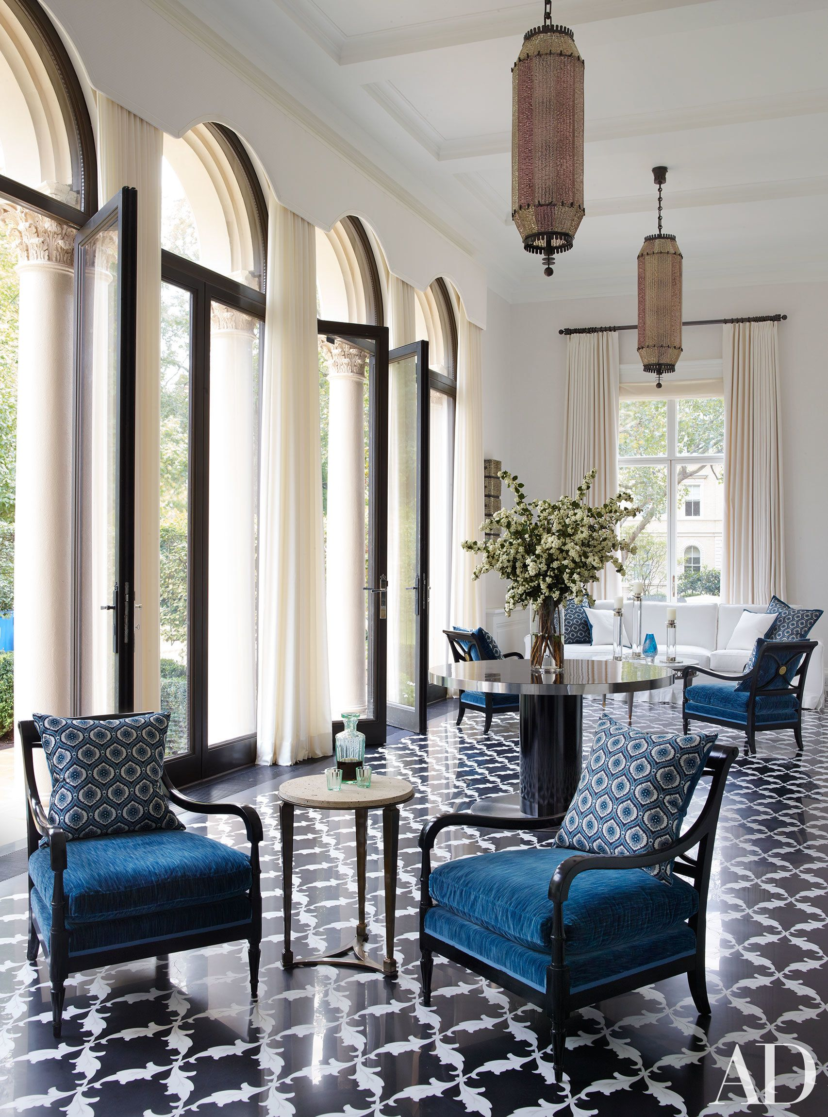 An Incredible London Mansion Is Transformed By Timothy Haynes And Kevin Roberts London Mansion Luxury Home Decor Luxury Interior