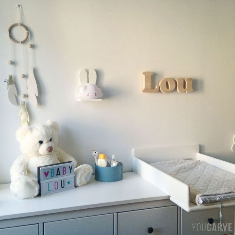 Personnalisé en bois Love signe plaque custom made Nursery Chambre à Coucher Mur cadeau Disney