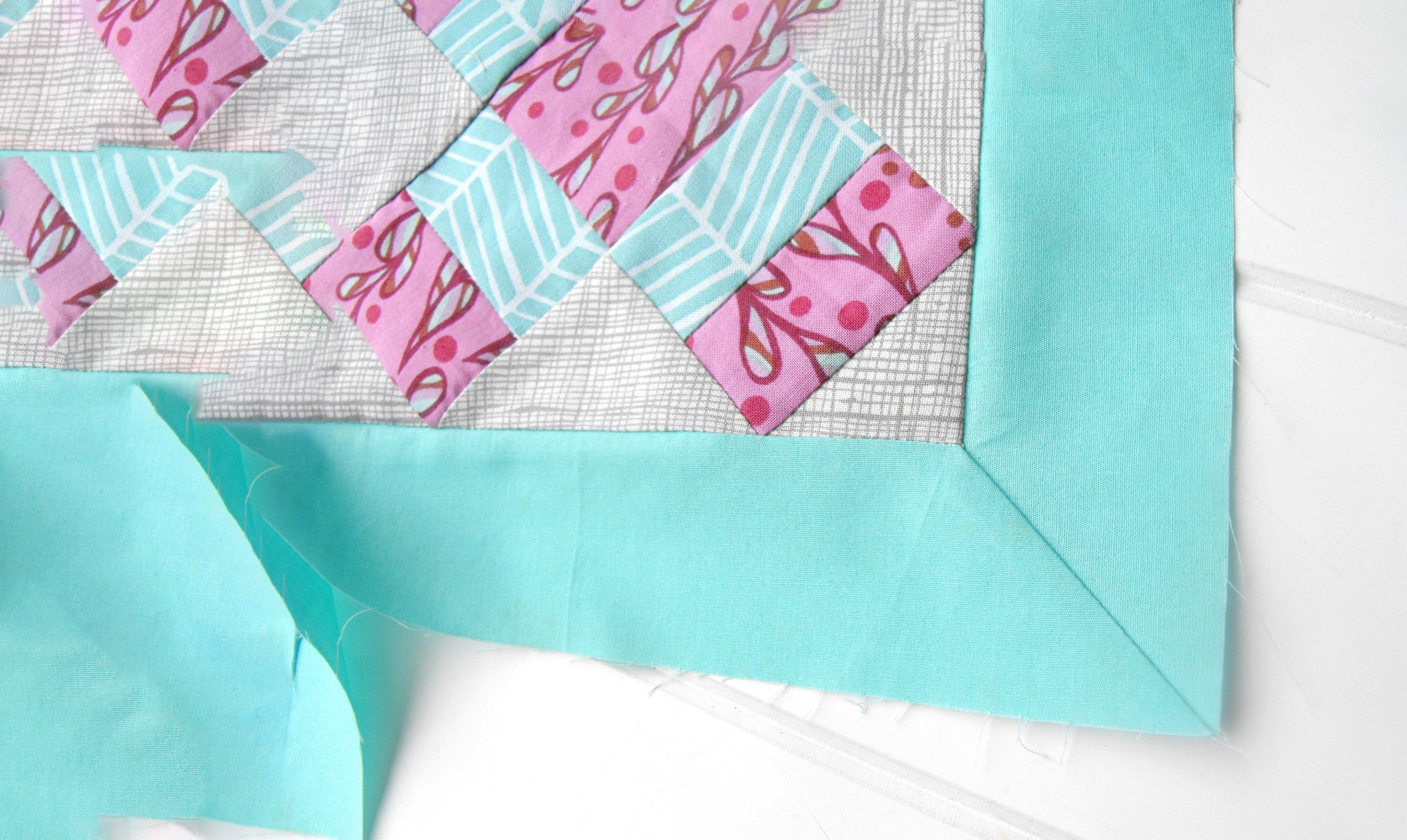 Mitered Corners On Quilt Borders Sewing Tutorial Quilts Quilt Corners Sewing Mitered Corners