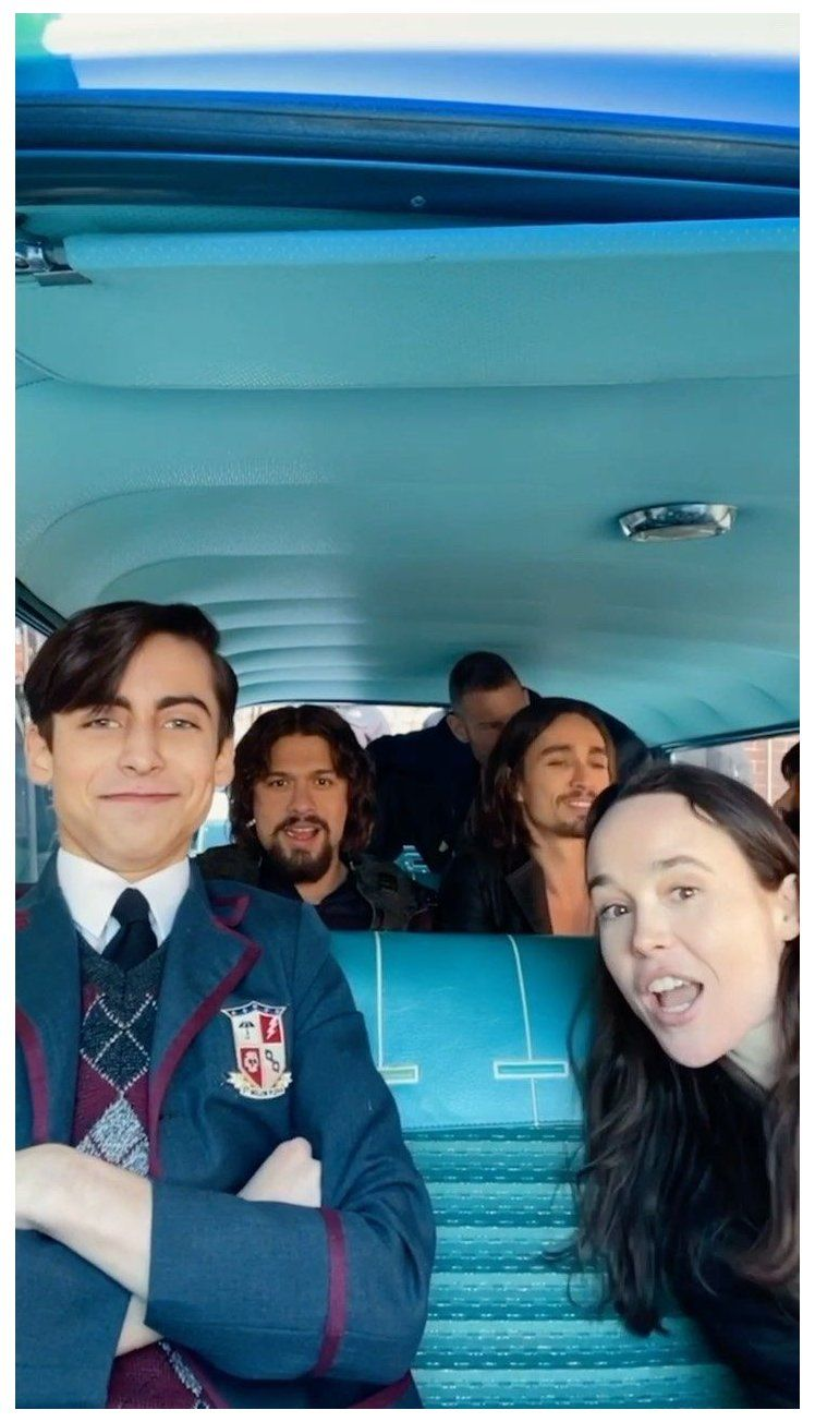 Netflixuk On Instagram Oh To Be In A Car With The Umbrella Academy Cast Making Up A Little Song Umbrella Academy Funny Umbrella Umbrella Best Umbrella
