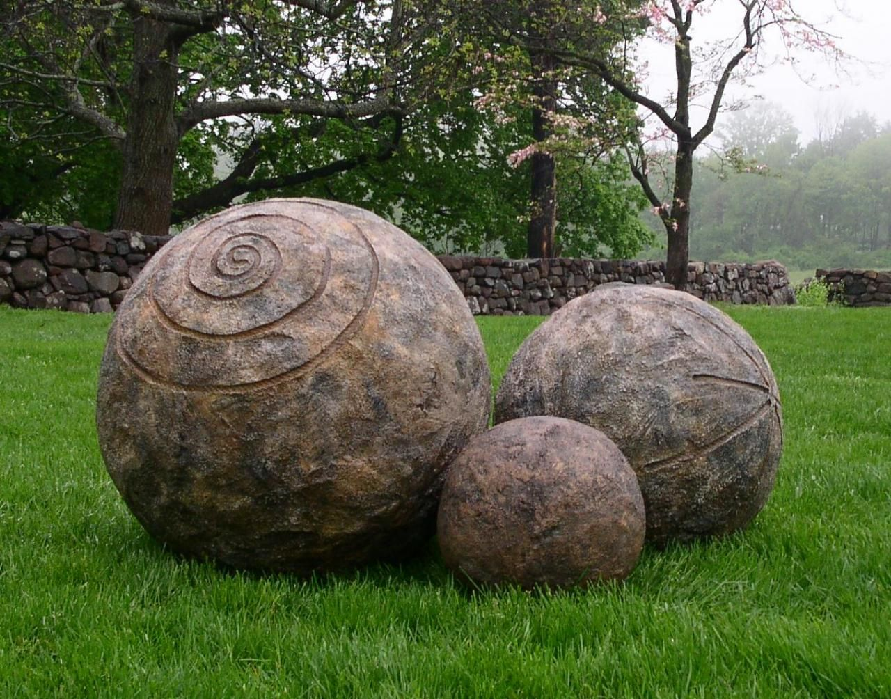 3 Sizes Of Spheres