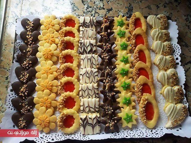 صابلي مشكل بعجينة واحدة سهل بالصور مجلة لالة مولاتي نت Majalat Lalamoulati Net Italian Cookie Recipes Cake Baking Recipes Cookie Recipes