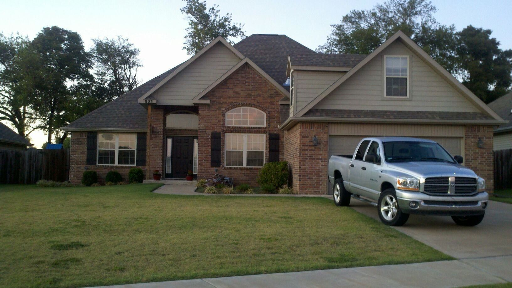 Color scheme for house dark brown roof w darkbrown - Brown exterior house color combinations ...