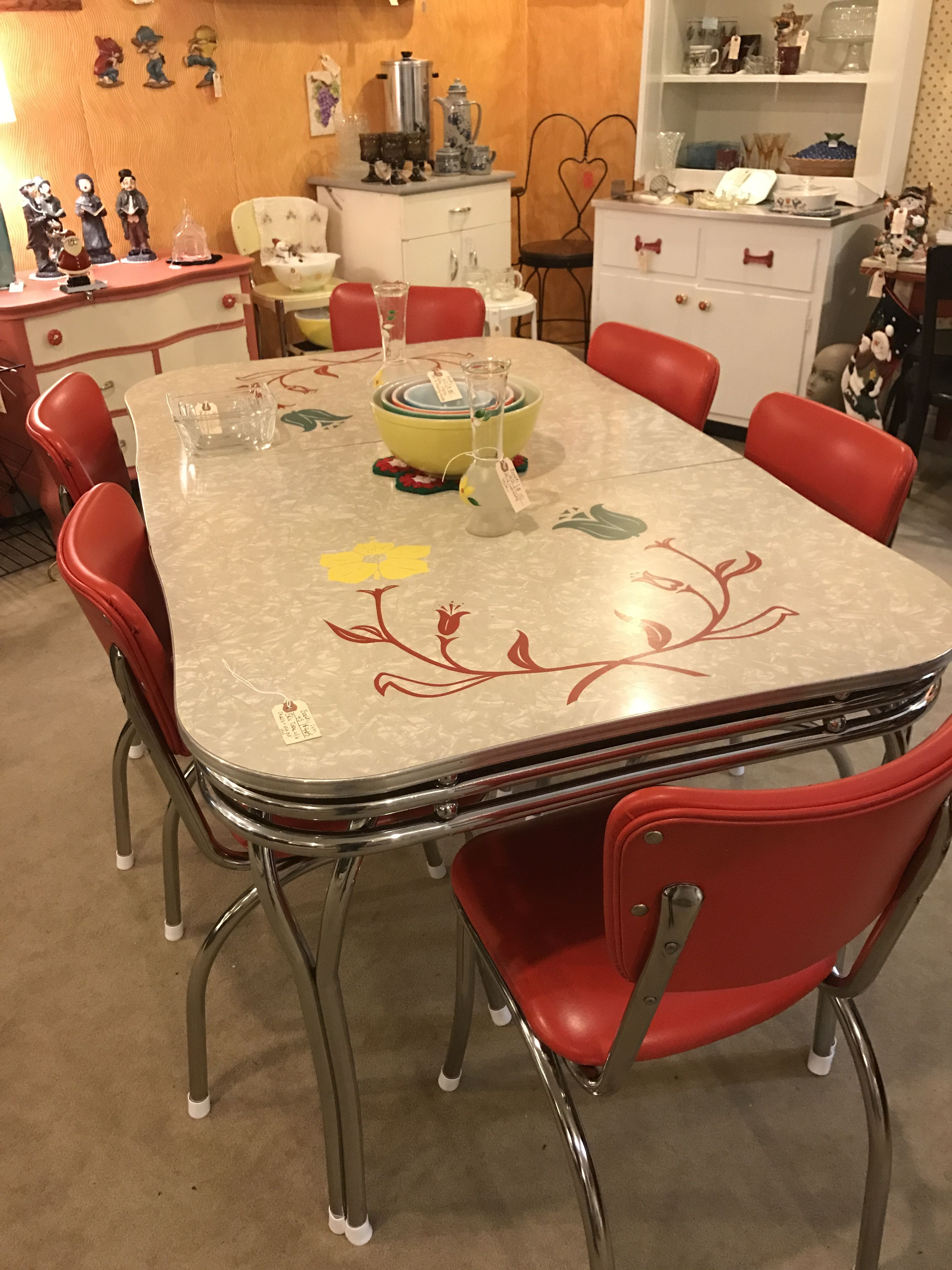 1950s Formica Kitchen Table And Chairs Gray Glass Subway Tile Backsplash Beautiful Vintage Tables In 2019