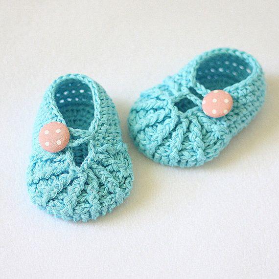 cute baby bootie | Craft Ideas | Pinterest | Bebé, Ganchillo crochet ...