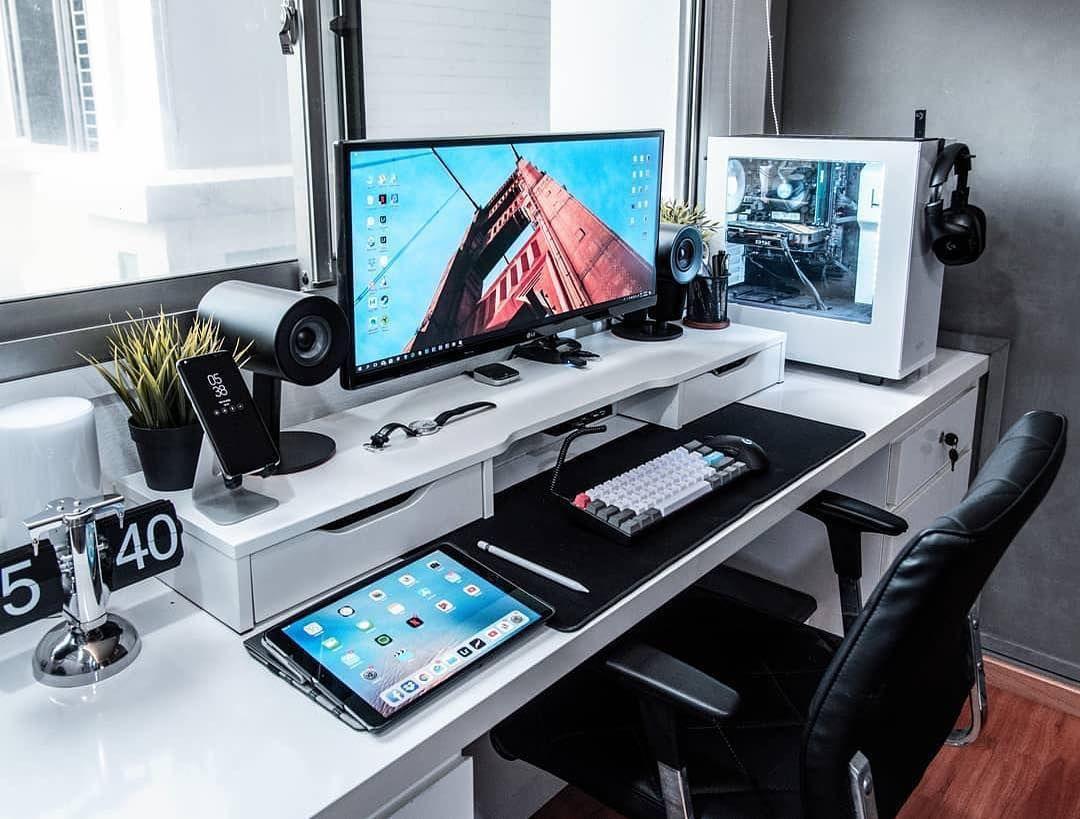 Inspiring My Computer Desktop Is Black Screen Just On Interioropedia Com Gaming Room Setup Office Setup Home Office Setup