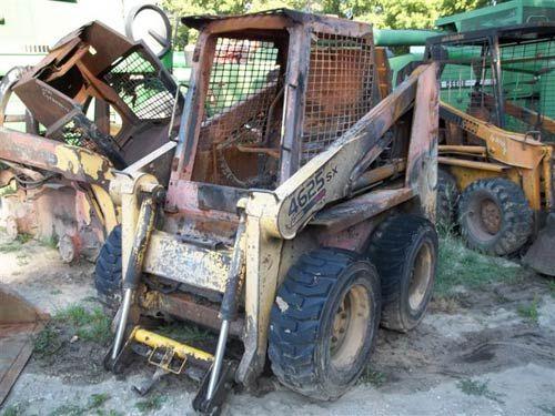 Gehl 4625 skid steer | Gehl Ag Equipment | Tractor parts, Used parts