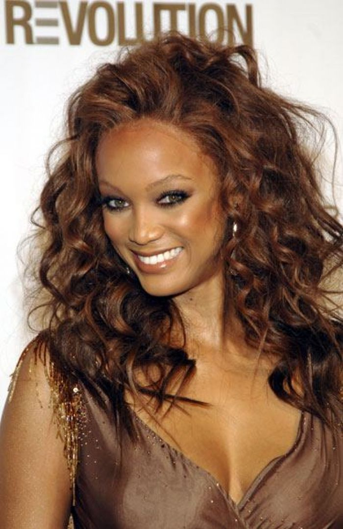 Chocolate brown hair color on black women tyra banks for The woman in number 6