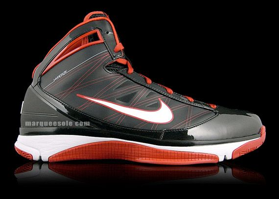 Top Nike Basketball Shoes - Extensive range of basketball products ...