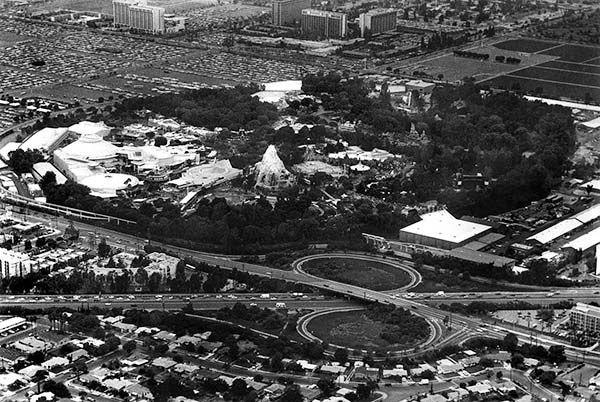 News From California The Nation And World Los Angeles Times Vintage Disneyland Disneyland Disneyland Resort
