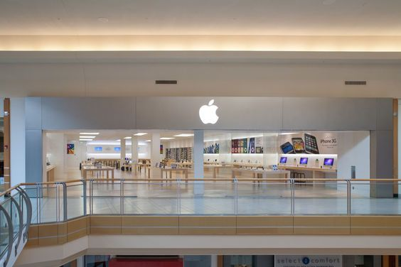 make an appointment at apple store international plaza