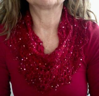 Holiday cowl... dressing up a plain turtleneck Greatestholidaygift_small2