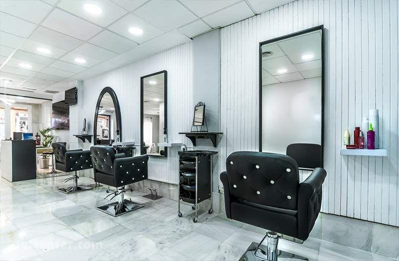 در حرفه آرایشگری علاوه بر مهارت آرایشگر، نظافت و دکوراسیون