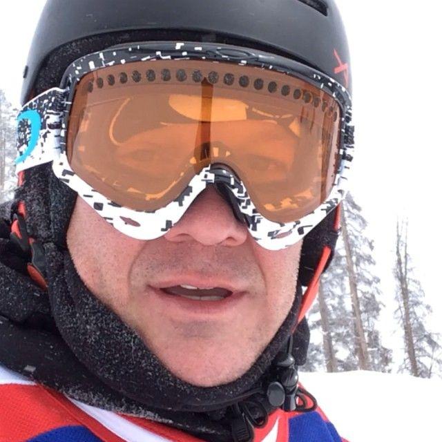 Chris snowboarding