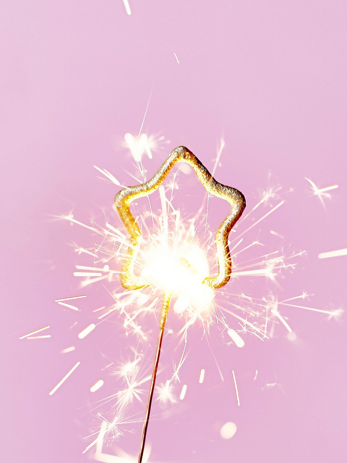 5 Pack FP Sparklers   Let sparks fly this holiday season with this ...