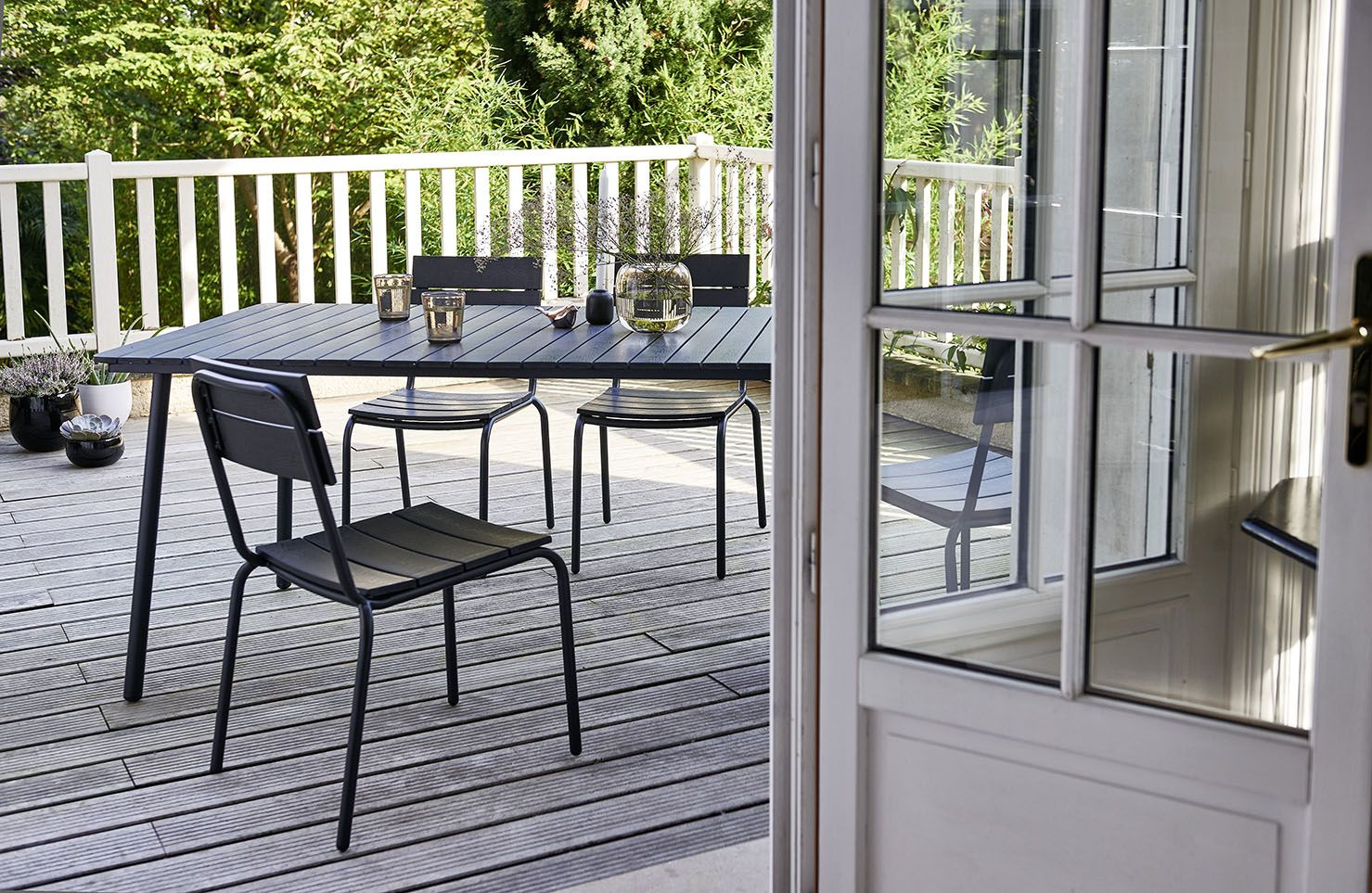 Le Salon De Jardin S Invite Sur Votre Terrasse Decouvrez Notre Collection Jardin Dans Votre Magasin Bricomarche Ou S Jardins Entretien Jardin Mobilier Jardin