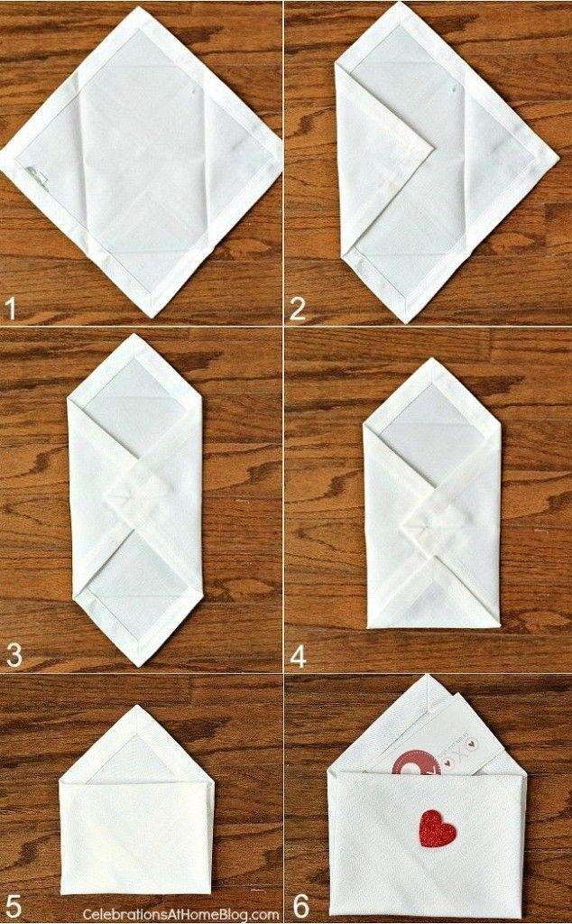 enveloppe avec amour pliage de serviettes. Black Bedroom Furniture Sets. Home Design Ideas