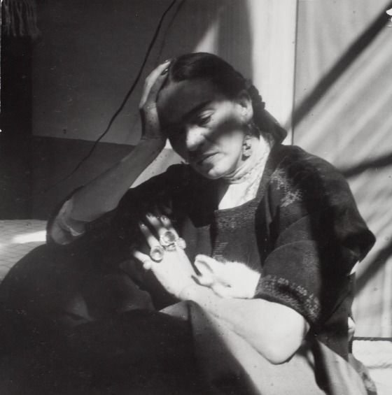 LA CASA AZUL : Foto The artist Freda Kahlo.