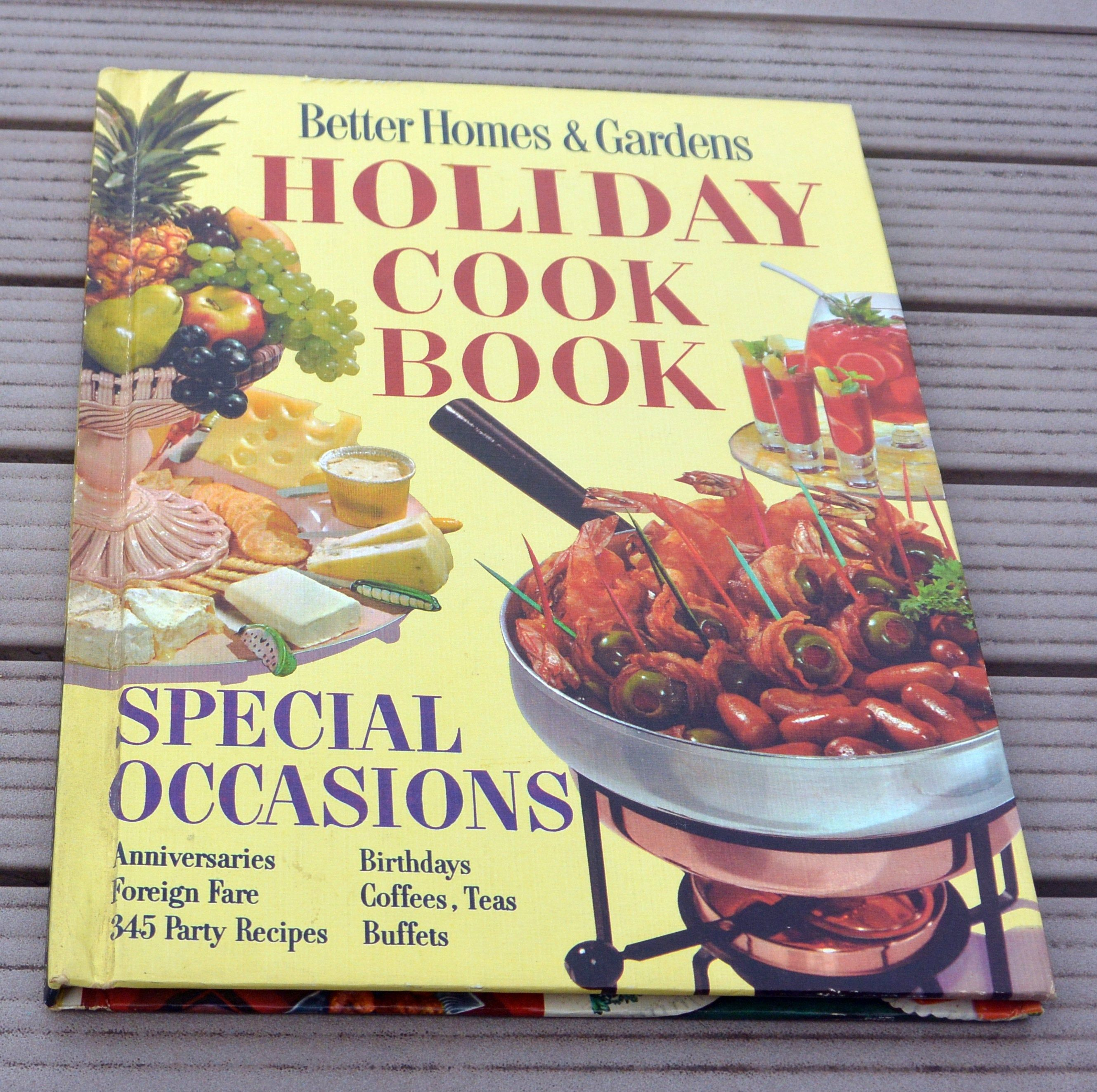 7d3e8fb0b7e2f0f71dbddf353f73f860 - Better Homes And Gardens Holiday Cookbook