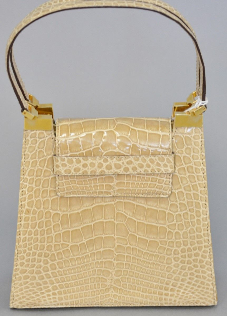 Lot 33  Rene Mancini tan alligator skin leather handbag purse with original  dust bag 62ca019a02b24